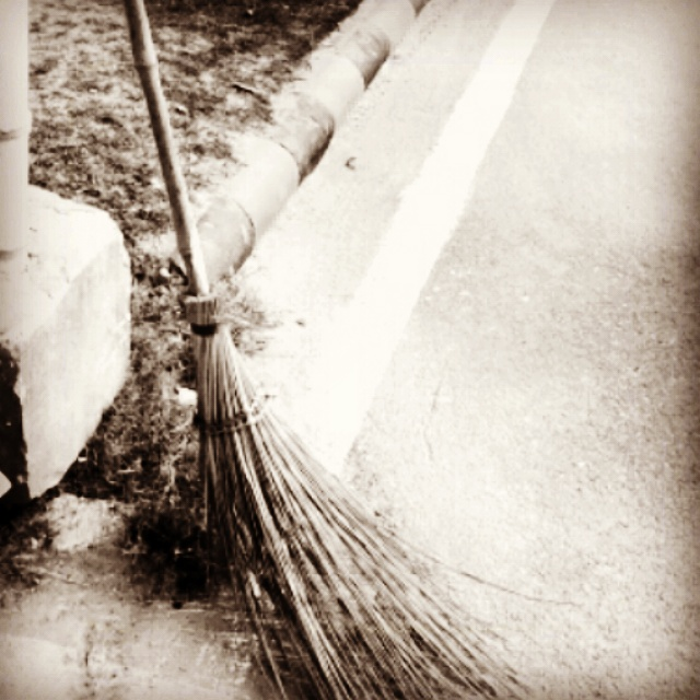The broomstick that was indeed one of the main equipment to sweep, a part of daily life routine, a fading object in the present scenario. today are the days of laze and buzzing priorities, where broomsticks got replaced with auto-vacuum cleaners.