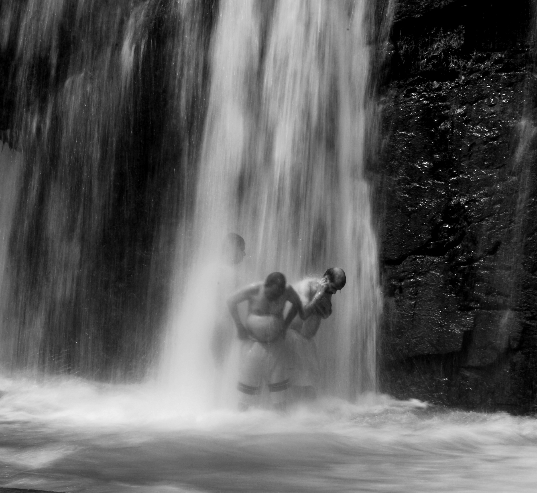 During hot summer days people of Tamil Nadu take bathing at natural waterfalls, which looks very pleasant and candid.