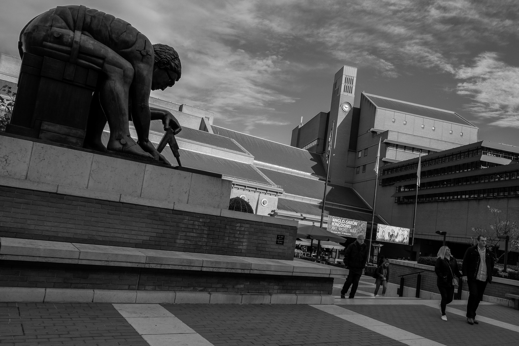 A sculpture called, 'Newton' after William Blake by Eduardo Paolozzi (1995) at The British Library. I wanted to show Newton gravitated to knowledge 