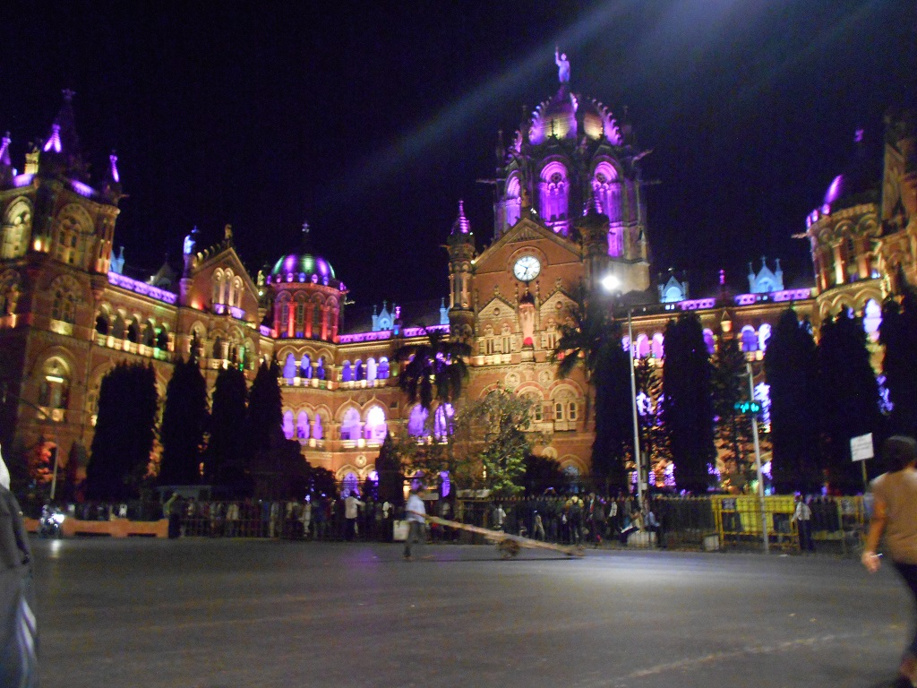 THIS IMAGE OF BEAUTIFULLY LIT CST RAILWAY STATION WAS CLICKED BY ME DURING LATE NIGHT