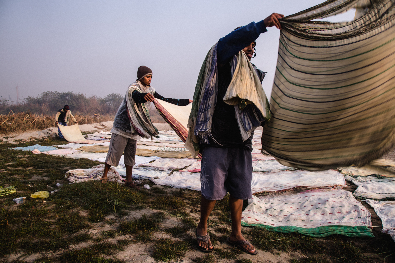 Dhobi ghat workers near yamuna ghat.