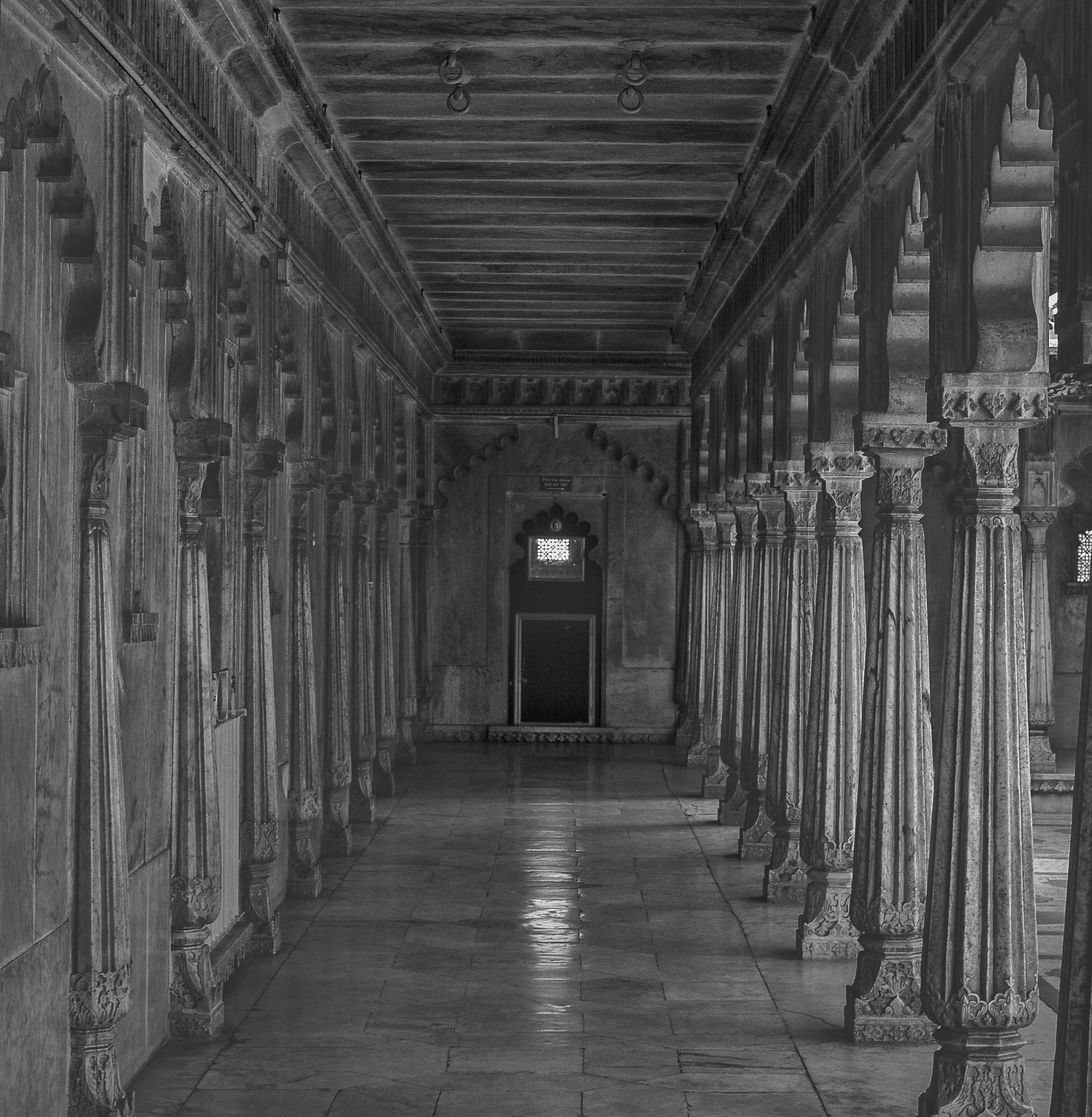 The symmetry and the pattern of the pillars of city palace in Udaipur