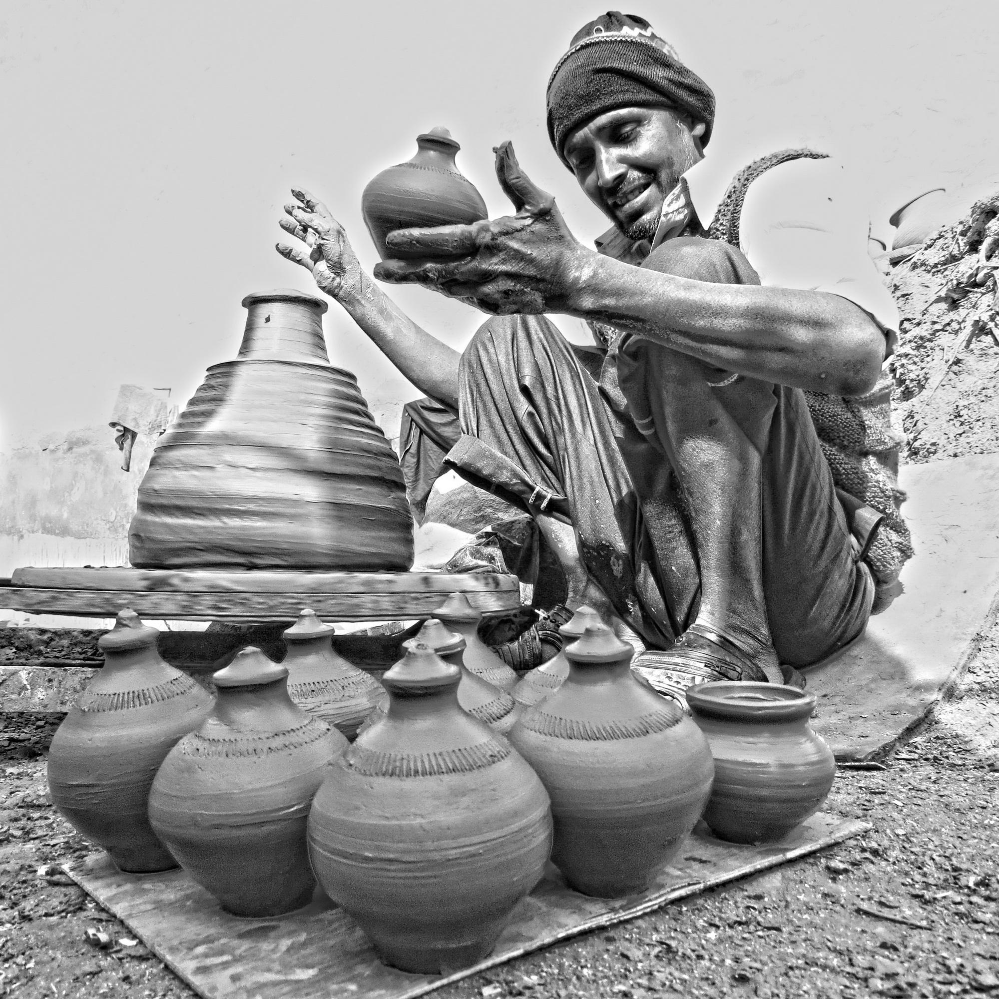 Potter at Kumhargaon, the potters' village at the outskirts of Delhi