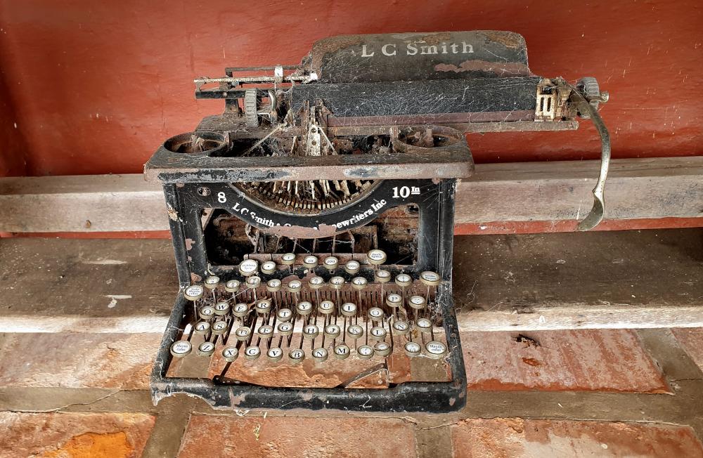 An abandoned typewriter.
