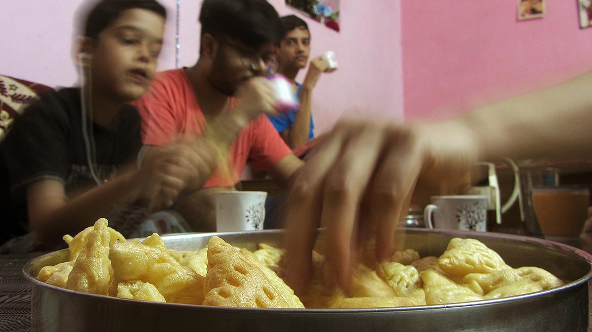 Teatime Naman Akshay Shubham 6-6-2020 (Food)_1 a 1200pixels