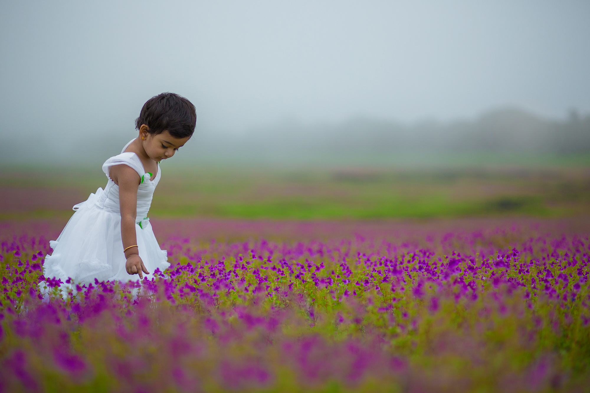 Shot this photograph of my niece during the last season of for bloom at Kaas.