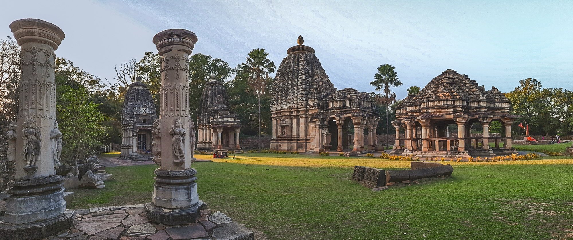 These temple ruins of Badoli are group of nine temples from the 10th Century A.D. This is one of the archeological sites listed under ASI.