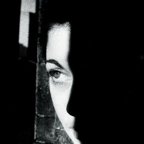 Ralph redefines the concept of simplicity with this photograph from the 'Infanta' series, which explores the human figure. Photography/Ralph Gibson