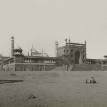 View of Jama Masjid, Delhi, c.1902–05. Photograph/John Marshall Albums