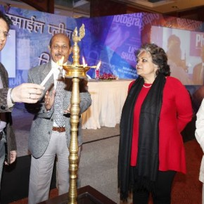 Sandeep Khosla, Debatosh Sengupta, Dr. Alka Pandey and Pablo Bartholomew (from left to right) during the lamp lighting ceremony