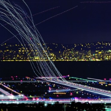 31 exposures shot at f/11, were stacked to show the 10–11pm outbound crunch at the San Francisco International Airport. Photograph/Terence Chang