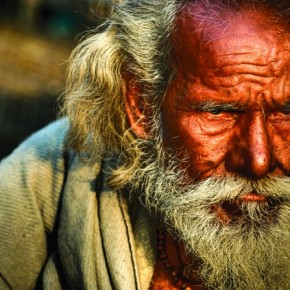 Brooding Over: A lonely old fellow on a beautiful Kolkata evening. I was so mesmerised with the warm sunlight reflecting on his face, that I almost forgot to take his picture. Photograph/Anirban Brahma