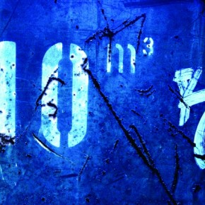 The vivid blue hues combined with the deep, dark gouges on the side of a container convey a sense of neglect and seem melancholy. Photograph/Pål Gladsø