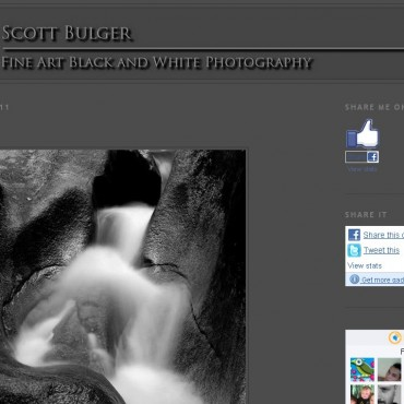 Scott Bulger, an American photographer who has been practising photography for over twenty years, has a blog that showcases his beautiful black and white images as well as observations.