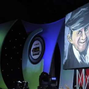 The completed portrait of Dev Anand painted by artist Vilas Nayak