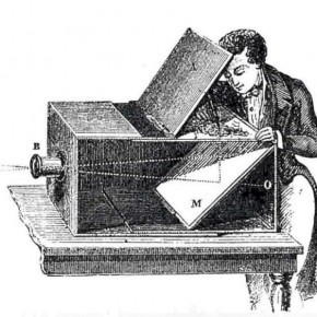 Camera Obscura: The 18th century device used tracing paper to make outlines, that were then put onto canvas. Source/Wikimedia Commons