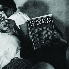 Rati and Pablo reading, New Delhi, 1964. Photograph/Richard Bartholomew