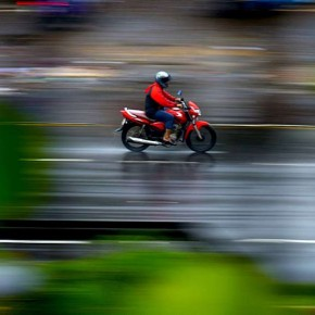 24. When Panning: If your camera offers it, switch to image stabilisation dedicated for panning. With this kind of stabilisation the only the subject is stabilised. A flash can also help in ensuring that the subject is sharp while panning. Photograph/Ashish Kumar