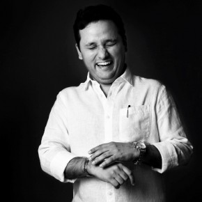 This is Amish Tripathi, writer of the popular Shiva trilogy. For Sunil, the challenge lies in combining commercial demands with spontaneity. Photograph/Sunil Raju