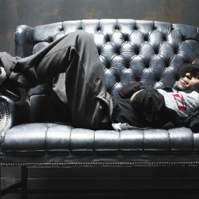 American actorturned- rapper Mos Def poses for Mark's camera. This was for an editorial shoot for Toronto Life Magazine. Photograph/Mark Zibert