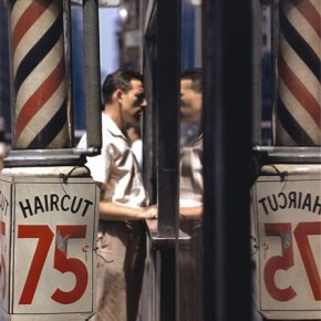 Today, Saul's photographs are a vivid record of an era gone by. Photograph/Saul Leiter