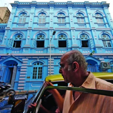 Wide angle lenses are excellent tools for street photography. When used well, they can help include multiple elements and can literally make you smell the street. Photograph/Raj Lalwani