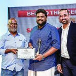 Padmashree Sudharak Olwe, and Mukul Kashyap, Regional Sales Director Indian Subcontinent & Middle East present Saravanakumar Thangavelu (winner Behind the Scenes or Offbeat category) with his award.